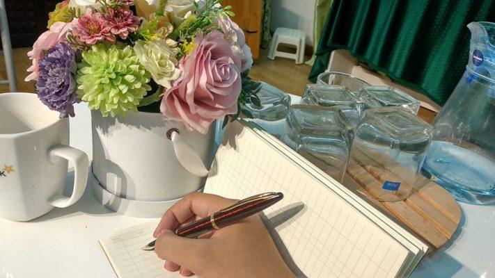 bút máy ngòi cong
