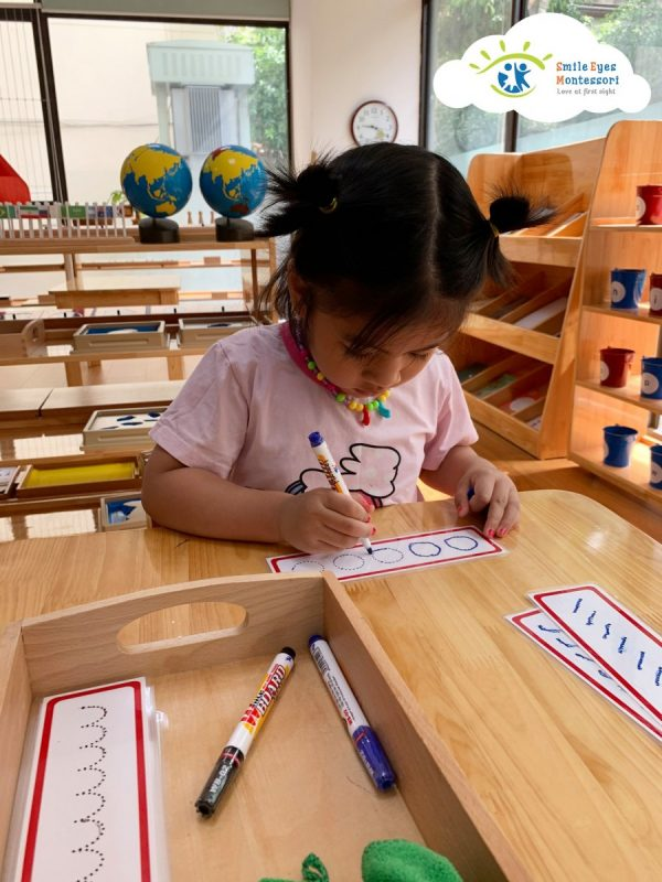 Cách dạy bé nhận biết mặt chữ nhanh