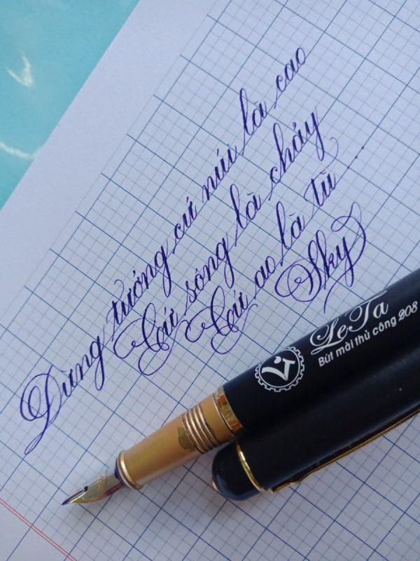 Bút viết chữ đẹp nào tốt để con rèn chữ?
