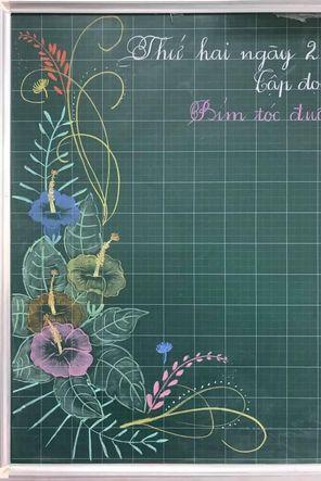 những kiểu vẽ hoa rang trí bảng mới lạ