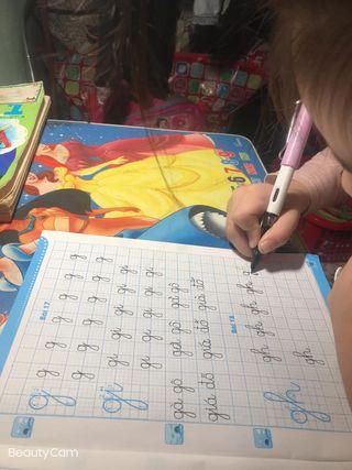 Tập viết chữ lớp 1